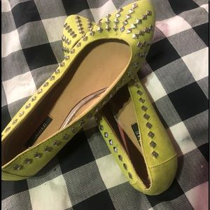 Forever 21 Yellow studded Flats
